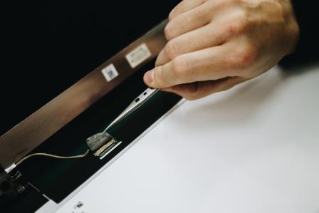 установка матрицы ноутбука